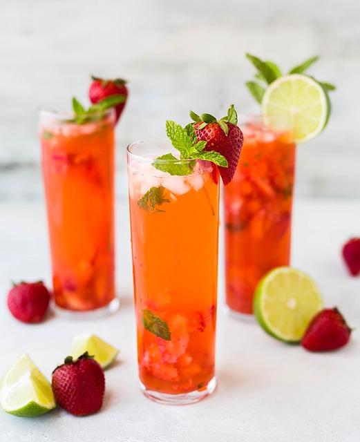 cócteles de frutas variadas