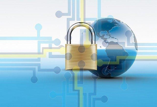 candado como símbolo para proteger la red de un ordenador