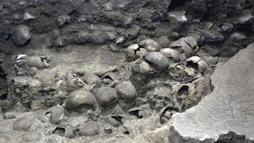 Hallazgo azteca en México de las ruinas de cráneos que en su época formaron una gran torre
